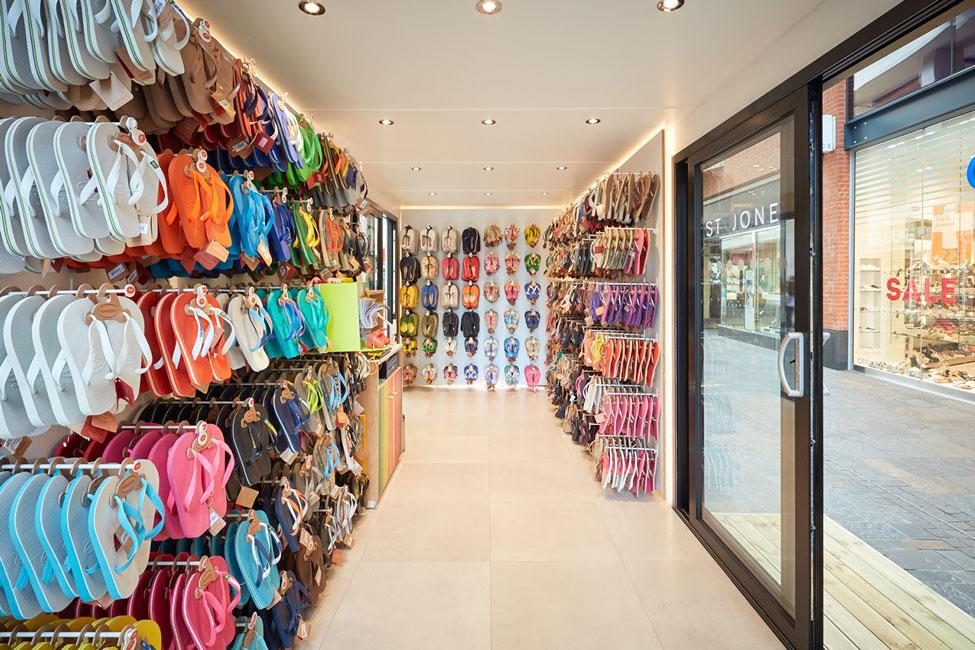 Havaianas Shop Interior Design