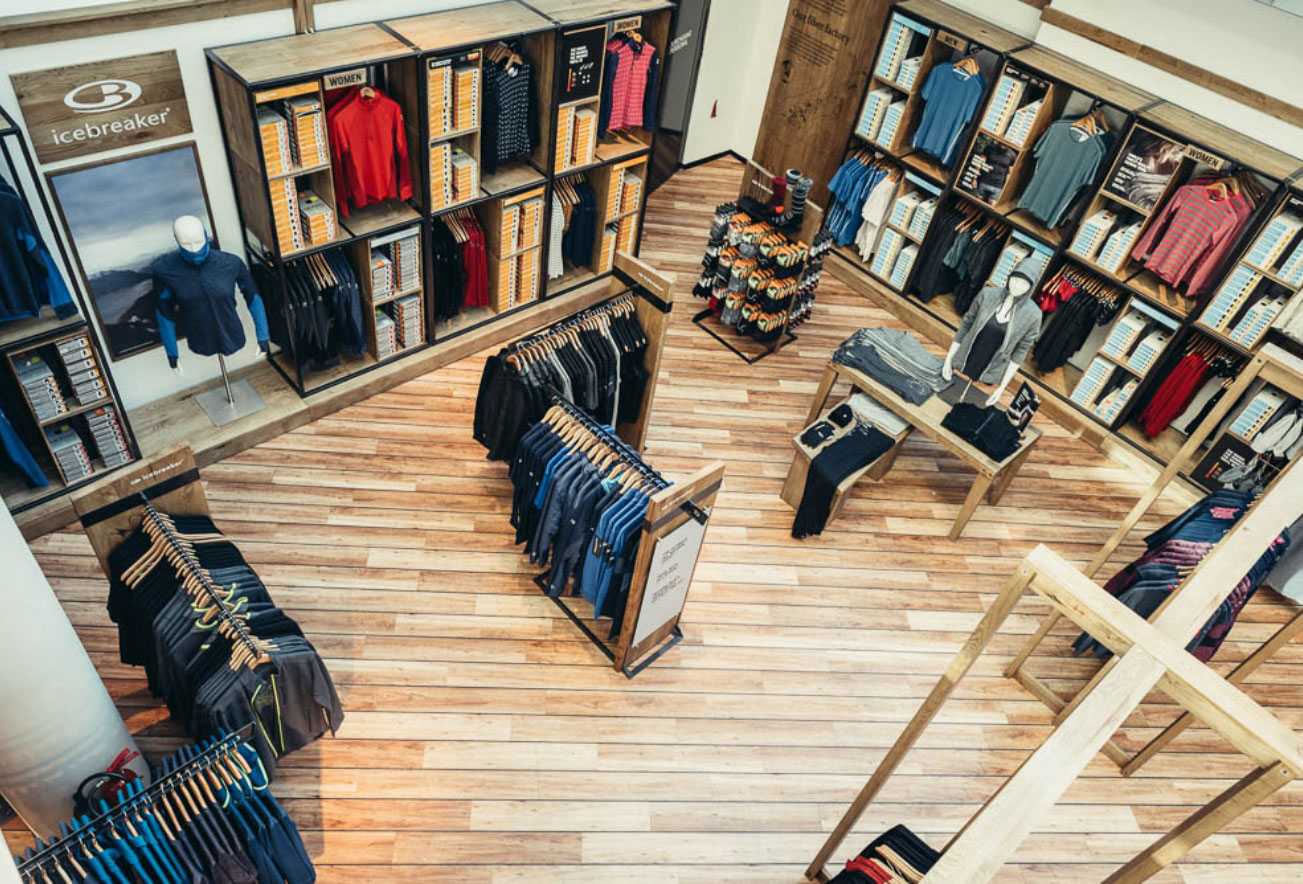 Icebreaker Shop-In-Shop Interior Design
