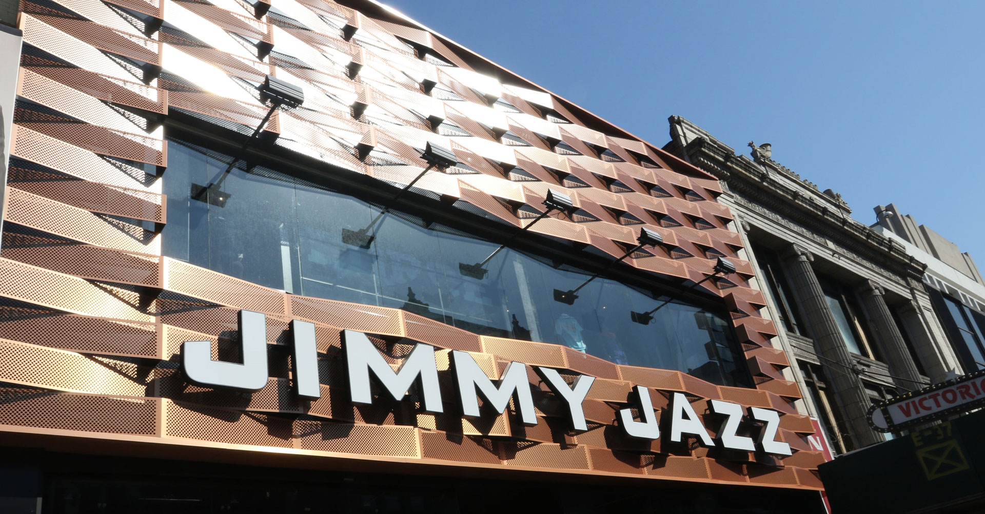 Jimmy Jazz Flagship Store Exterior Design
